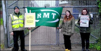 Chris Rice (on left), RMT picket and Havering TUSC candidate