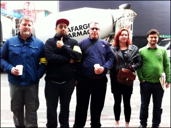 Pickets and supporters at Victoria, with TUSC candidate Arzoo second from left